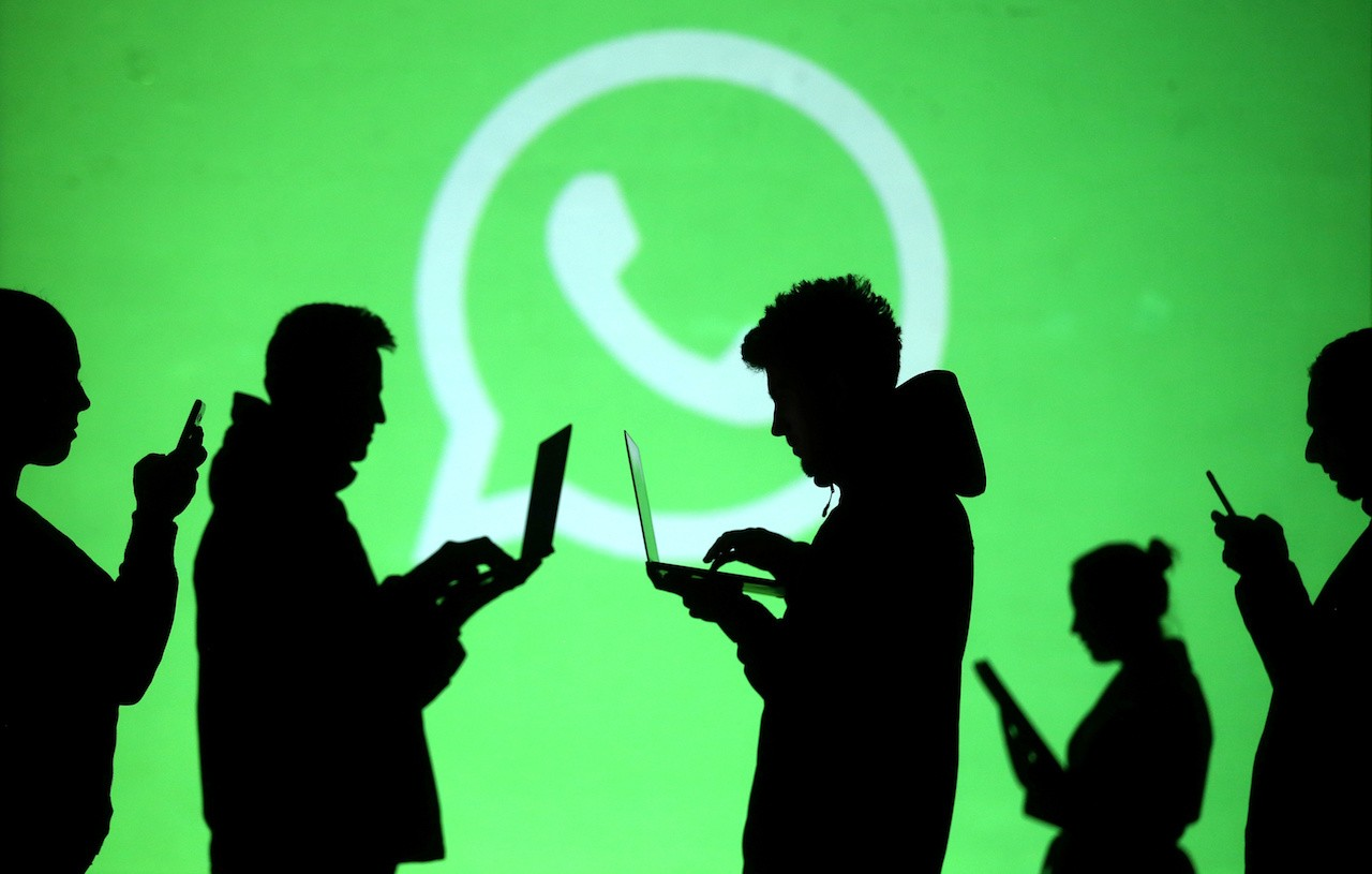 How can you track WhatsApp completely using FoneTracker app